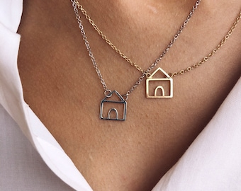 Necklace in sterling silver 925 with a cottage pendant