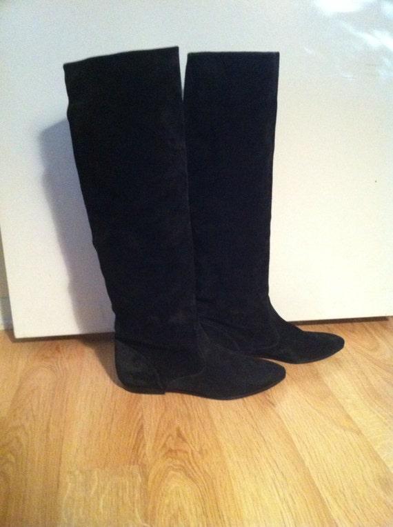 Vintage Perry Ellis Suede Boots