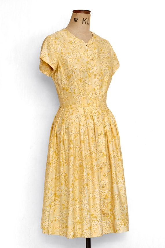 Dress / Vintage 50s Soft Cotton Day  Day Dress / F
