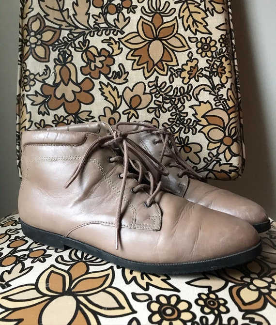 Vintage Danexx Booties Size 7.5 Retro Lace-up Ankl
