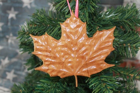 maple leaf, canada, canadian,  Wood Ornament, Christmas Ornament,  gifts, Canuck, Tree leafs, gifts for canadian, gift for women, men,