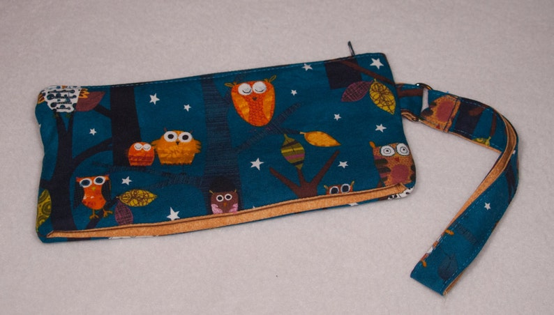 Blue Owls Zip Pouch  Wallet Purse Notion Bag image 0