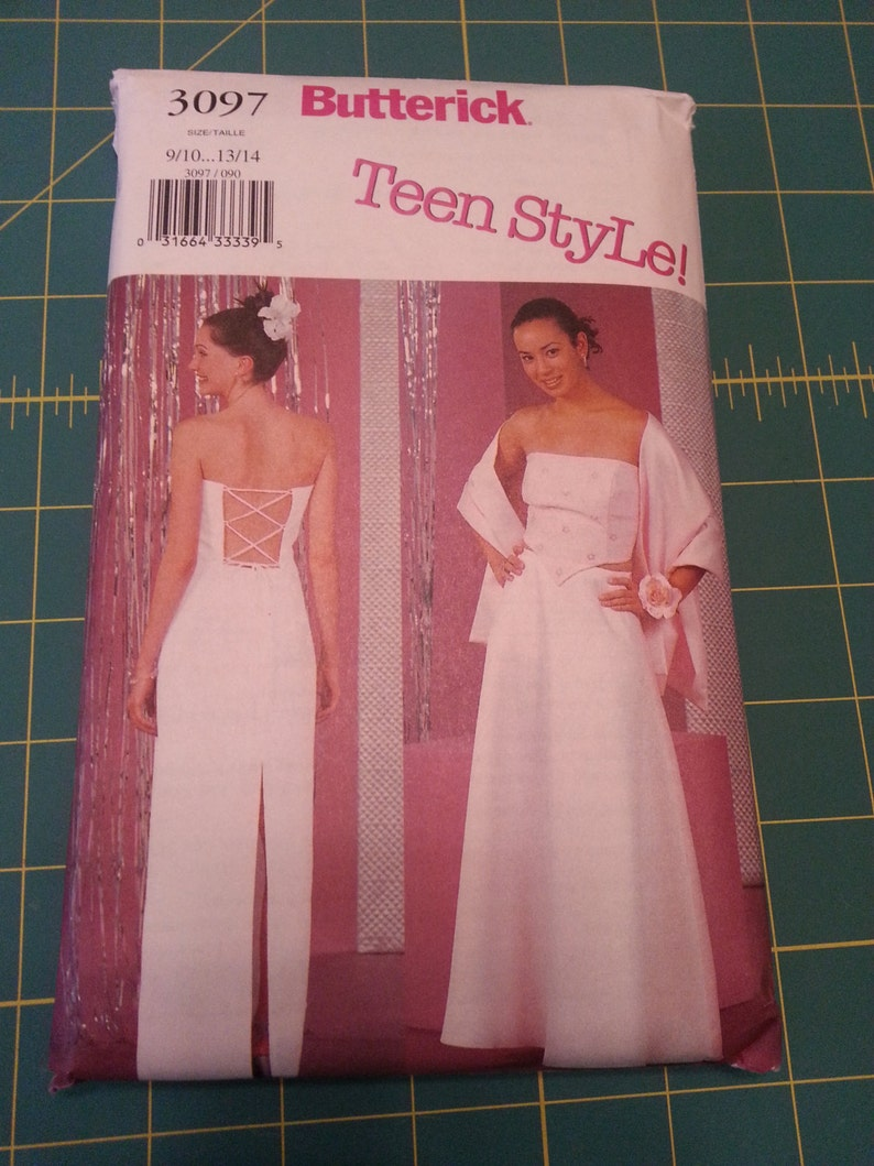 Unused Butterick Teen Style Formal Dress Prom/Homecoming image 0
