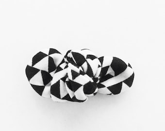 Geo Knot Bow Clip