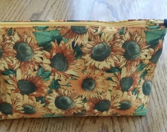 Sunflower cosmetic bag, make-up bag, zipper pouch.