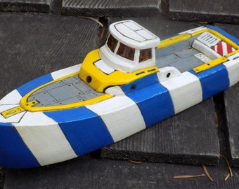TUMBLER Wooden Toy Boat / blue  and white striped