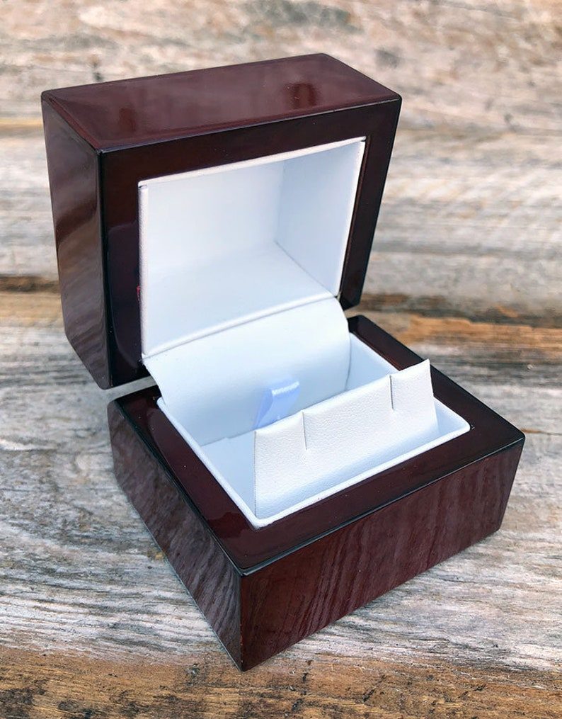Rosewood Earring Box Single DBX4013 image 0