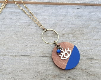 Watching eye necklace golg (20 colors to choose from!) - golden stainless steel chain and cherry wood medallion
