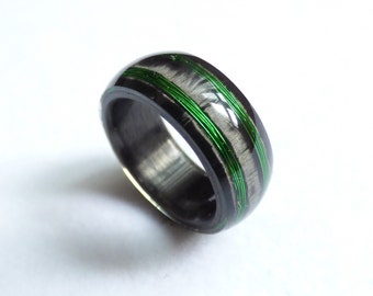 carbon & green wire ring