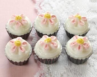 6 Pcs 3D Chocolate Daisy Cupcake Cabochons - 16x16mm