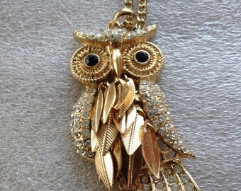 """Vintage Gold Tone OWL NECKLACE moveable feathers 30"""" necklace chain"""