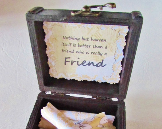 Best Friend Gift - Box of Sunshine - Uplifting Quotes in Wood Box, Friend Birthday Gift, Friend Chistmas Gift, Personalized Friend Gift