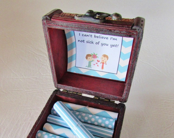 Snarky Love Box - Funny Sayings that say 'I Love You' without rainbows and butterflies - Funny Gift for Him