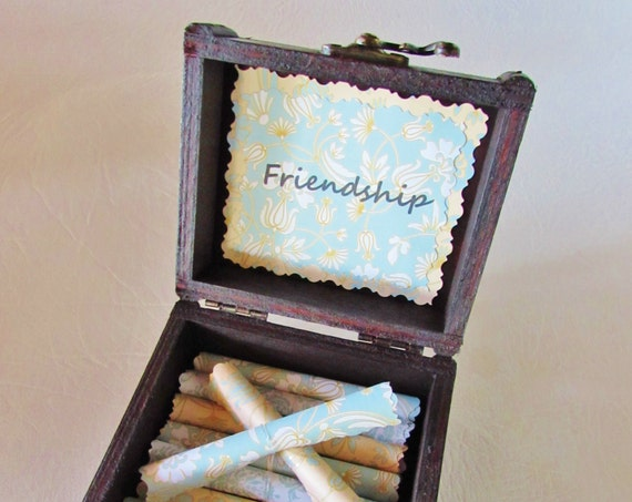 Friend Gift, Friend Going Away Gift, Best Friend Gift, Friendship Quotes in Wood Chest, Friend Jewelry Box, Best Friend Long Distance