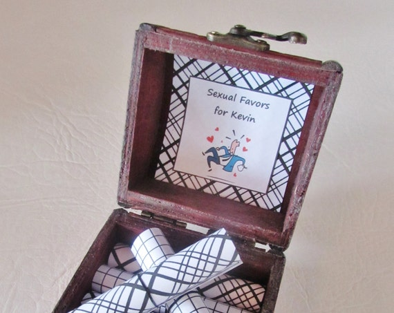 Husband Birthday Gift Idea, Boyfriend Boyfriend Gift, Sexual Favor Scroll Box, Sexy Gift Idea, Coupon Book, Boyfriend Valentine Husband Gift