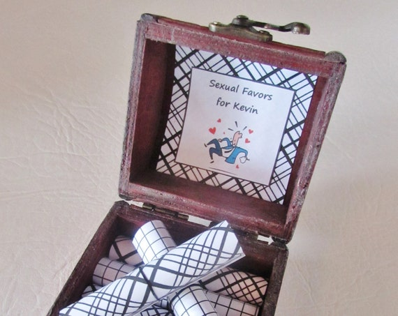 Husband Birthday Gift Idea, Boyfriend Boyfriend Gift, Sexual Favor Scroll Box, Wood Box filled with 12 Sexual Favors