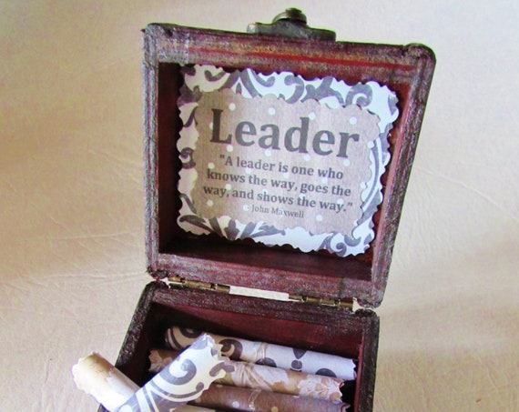 Boss Gift Idea - Leadership Scroll Box - inspirational quotes in a wood box - Boss Day - Best Boss - Leadership Gift - Boss Christmas, Quote