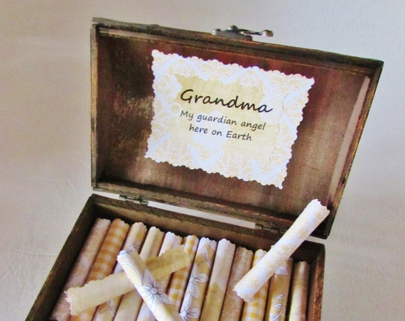 Grandma Scroll Box, Grandma Gift, Grandma Quotes in Wood Chest, Personalized Grandma Gift, Grandma Necklace, Grandma Birthday, Best Grandma
