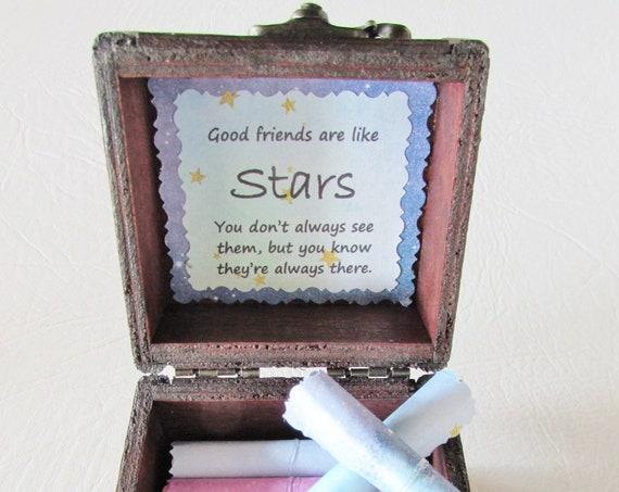 Friend Scroll Box - Friendship quotes in a cute wood box - Bestie Gift - Friend Gift - Friend Birthday - Friend Valentine Gift