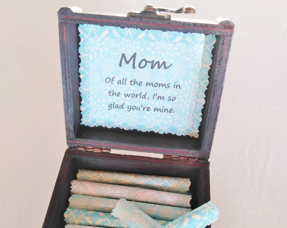 Mom Quote Box - mother quotes in a wood box - happy mother's day gift, mother gift from daughter, mothers day gift box, sweet mom gift