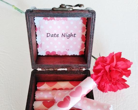 Valentine Date Night Box - 18 Romantic Date Night Ideas in a Wood Box - Valentine Gift for Her - Romantic Valentine Gift Idea - Girlfriend