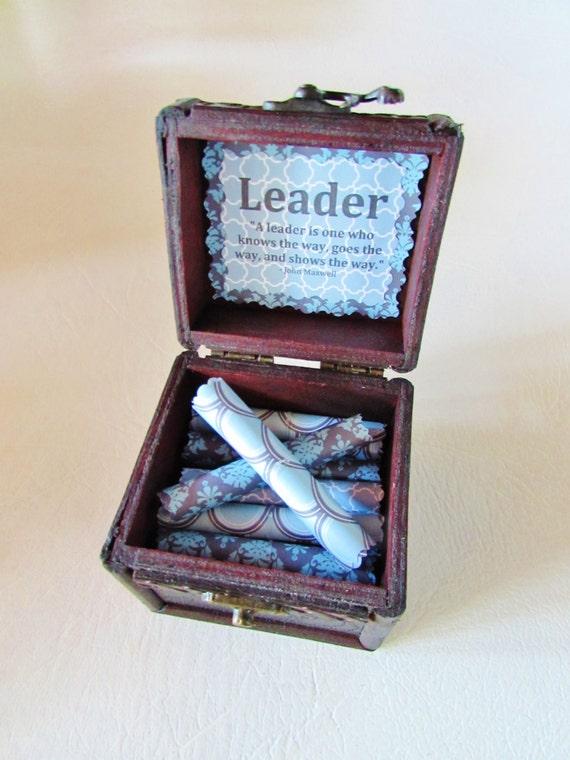 Boss Day Gift, Boss Gift, Leadership Gift, Motivational Gift, Leadership Scroll Box, Leadership Quotes in Wood Box, Best Boss, Boss Card
