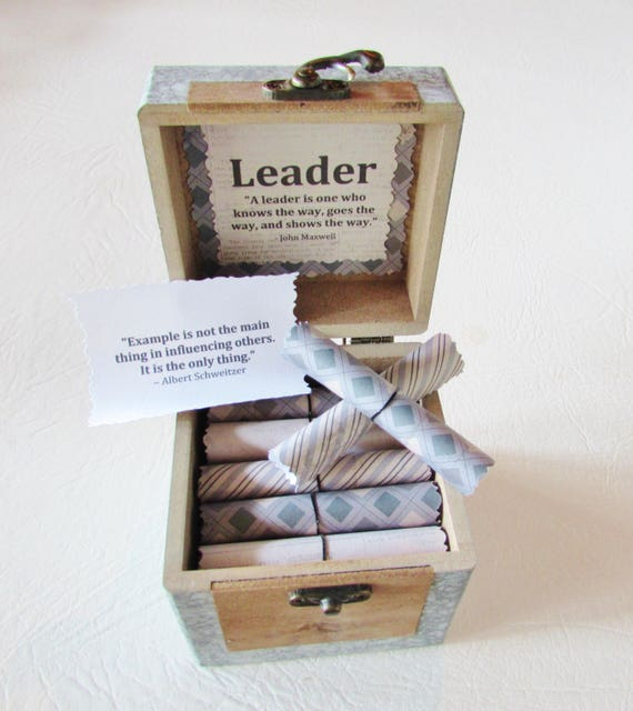 Leadership Scroll Box - Leadership Quote Scrolls in a Wood Box, Boss Gift Idea, Boss Day Gift, Boss Birthday Gift, Coworker Gift