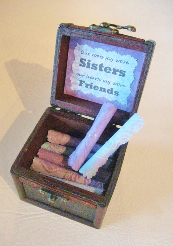Sister Gift, Sister Scroll Box, Wood Chest Filled with Sister Quotes, Unique, Personalnized, Meaningful, Birthday, Christmas, Custom, Card