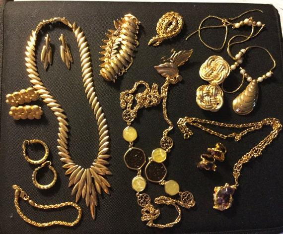 Lot vintage Monet trifari art jewelry