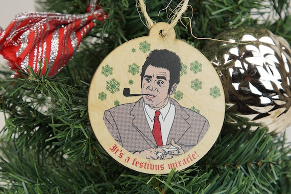 Seinfeld Christmas.Seinfeld Christmas Ornaments Set Of 4 Seinfeld Inspired Festivus Christmas Tree Ornaments Set Of 4 Wooden Ornaments Xmas Ornaments 90s Tv