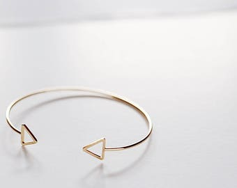 Triangle Bracelet Gold Plated Finding