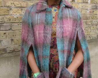 Authentic vintage ladies pink/jade wool cape