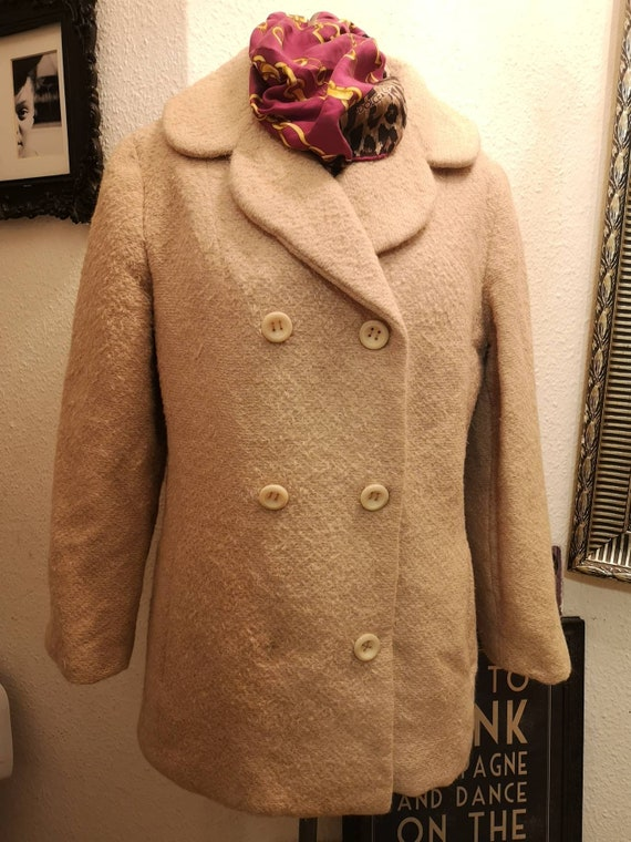 Authentic vintage 2000s Dolce and Gabbana  beige 3