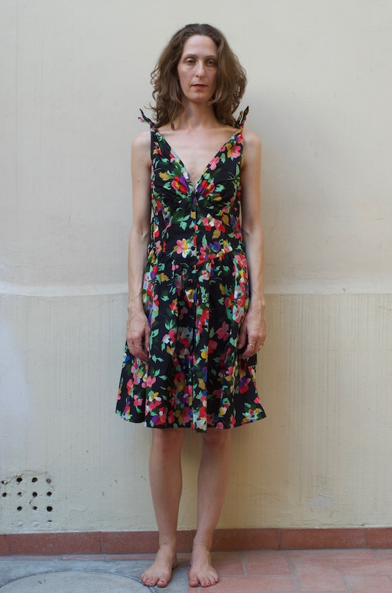80's floral cotton 50's style summer fun and flirt