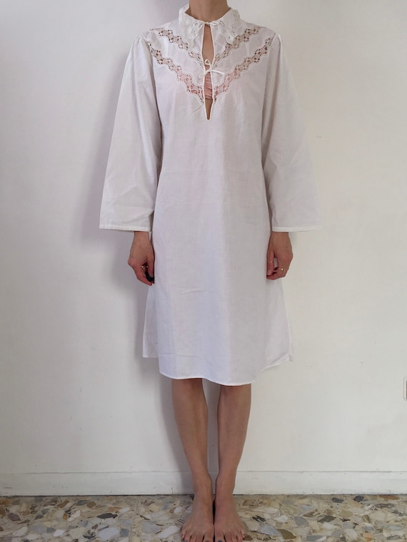 30s White Cotton Nightgown Hand Crochet Lace Bodic