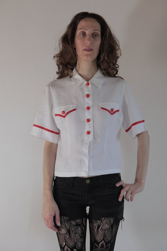 40's white linen with cherry RED buttons classic c