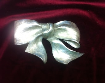 Christopher Ross 1983 Silver Bow Belt Buckle