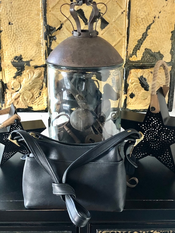 COACH BAG / Petite Black Leather Shoulder Bag