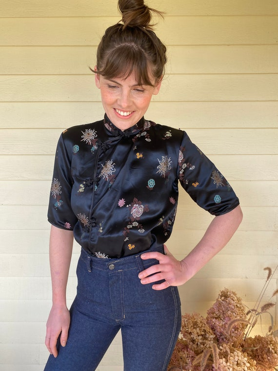 Mandarin Collar Top with Embroidery