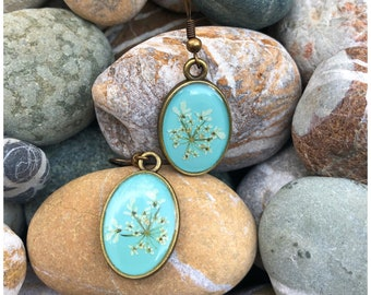 gold-coloured wild carrot trinket Chain real flowers |turquoise Gift idea from the heart Necklace Leather strap
