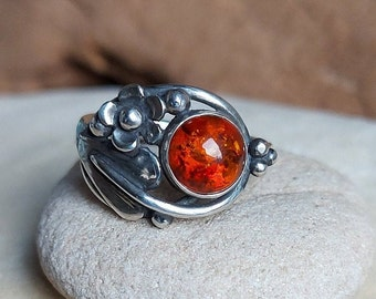 Hand Made Sterling Silver Leaf Ring with Amber