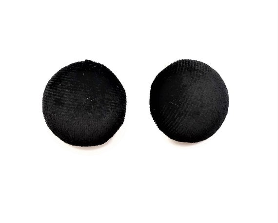 Long button style drop dangle earrings in green velvet half pom pom