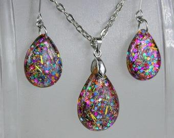 SALE...Resin glitter earrings and Pendant ,  Resin Jewelry , Resin glitter Jewelry , resin set