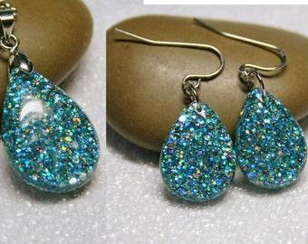 Blue Resin glitter earrings and Pendant ,  Resin Jewelry , Resin glitter Jewelry , resin set