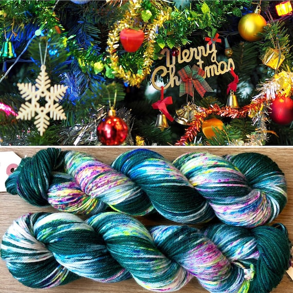 Christmas Tree DK, merino nylon blend yarn