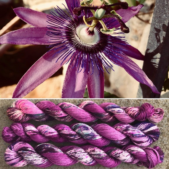 Passiflora 20g Miniskein, speckled merino nylon blend sock yarn
