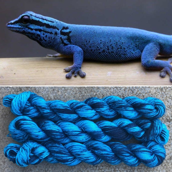 Electric Blue Day Gecko 20g Miniskein, speckled merino nylon sock yarn