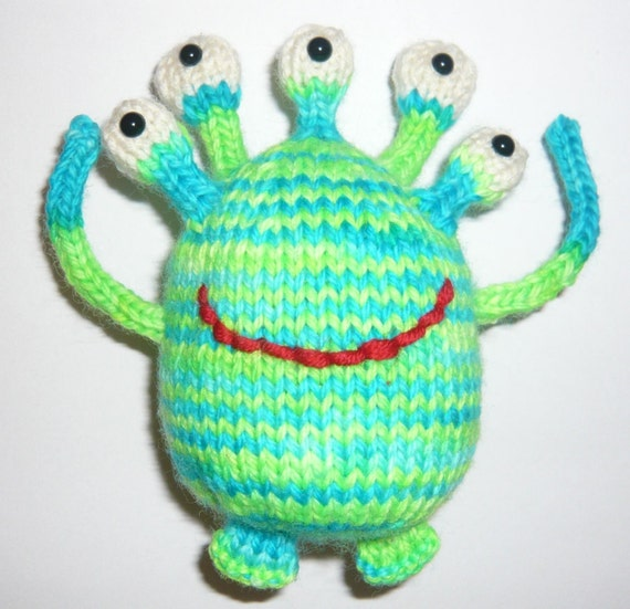 Friendly Five Eyes Alien Knitting Pattern pdf