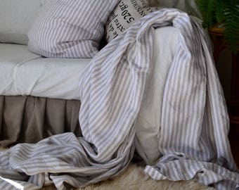 Rustic Pinstriped Heavy Weight Stonewashed Linen Bed Cover/ Bedspread/ Coverlet/ Throw Blanket/ Heavy linen sheet/ Summer Blanket