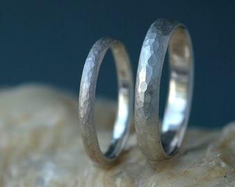 Silver weddingrings set hammered, Silver ring set, 925 silver textured wedding bands, Rings bride and groom, rustic textured rings Berlin